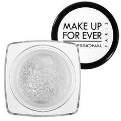 Irradia un brillo extremo con el Diamond Powder #1 White de MAKE UP FOR EVER