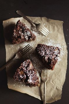 chocolate pear & almond cake