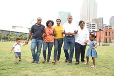 Fun family picture at ward park in Charlotte, NC Charlotte Nc, Model Photographers, Family Pictures, Family Portraits, Park, Fun, Photography, Family Posing, Family Photos