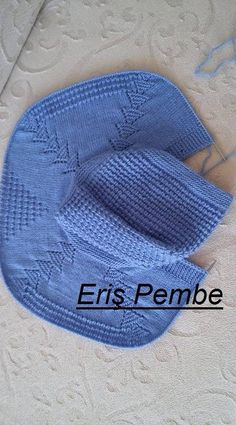 Best 12 This Pin was discovered by Neb – Page 659144095443923063 – SkillOfKing. Baby Knitting Patterns, Baby Patterns, Baby Poncho, Knitted Baby Cardigan, Diy Crafts Knitting, Baby Girl Cardigans, Baby Coat, Diy For Girls, Kind Mode