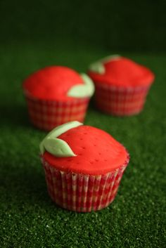 Strawberries Fondant