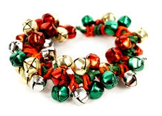 Jingle Bells Stretch Band Bracelet #kids #crafts #stretchband #loopband #loombracelet #christmas