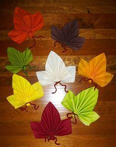 serviette pliée en feuille - Best Tutorial and Ideas Easy Christmas Crafts, Simple Christmas, Fall Crafts, Diy And Crafts, Arts And Crafts, Paper Crafts, Origami, Napkin Folding, Linen Napkins