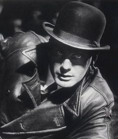 Gustav Gründgens in 'M', directed by Fritz Lang Martin Scorsese, Alfred Hitchcock, Stanley Kubrick, Renoir, Dramas, Old Hollywood Style, Hollywood Glamour, Fritz Lang, Detective