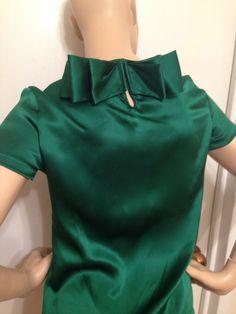 Yves Saint Laurent silk kelly green blouse #YSLYvesSaintLaurent #Blouse