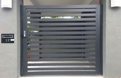 Aluminium PA gate with horizontal slats & access control