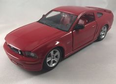 Maisto 1/24 Scale 2006 Ford Mustang GT Red Diecast #Maisto