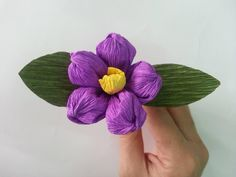 Tutorial: How to make Beautiful Flowers from Paper