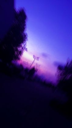 Violet Aesthetic, Sky Aesthetic, Aesthetic Colors, Aesthetic Images, Aesthetic Backgrounds, Aesthetic Iphone Wallpaper, Aesthetic Wallpapers, Purple Wallpaper, Purple Backgrounds