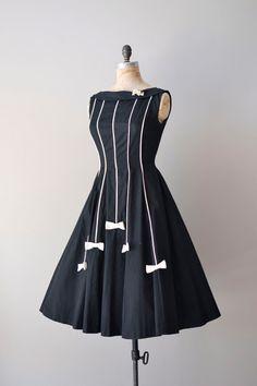 vintage 1950s White Tie dress #1950s #vintagedress #blackandwhite