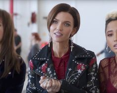The Cross drop earrings that Ruby Rose (Calamity) is wearing in the movie Pitch Perfect 3 (2017)