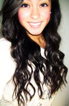 her hair is perfectttt.