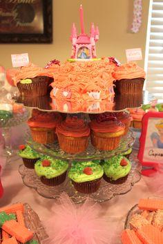 Princess party cupcakes and Smash Cake.