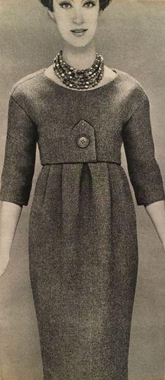 Christian Dior - 1958 - China Dead Leaf - Tweed-Etuikleid mit  Bolero-Oberteil c2848bea7763b