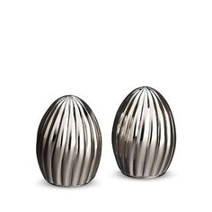 L'Objet Carrousel Stainless Steel Salt and Pepper Shakers - Gracious Home Salt And Pepper Grinders, Salt And Pepper Set, Salt Pepper Shakers, Carrousel, Sofa And Chair Company, Nickel Plating, Plate, Dry Hands, Modern Table