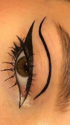 Makeup Eye Looks, Eye Makeup Art, No Eyeliner Makeup, Pretty Makeup, Skin Makeup, Emo Eyeliner, Punk Makeup, Grunge Makeup, Gothic Makeup