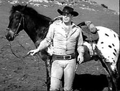 Robert Horton played the scout Flint McCullough on the TV series Wagon Train. I LOVED his horse and it was one of the reasons I loved to watch that show. No story of a Wagon Train scout could be complete without mention of his trusty steed. Robert Horton owned this Appaloosa. He named him Stormy Night, describing the night he bought him in Idaho.