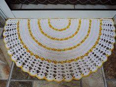 Hoje tem Flor !!!: Tapete Meia Lua em Crochê com receita completa