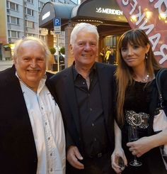 Vernissage in Frankfurt Alexandra-Katharina mit Thomas Stein und Wolfgang Lübow #alexandrakatharina #singer #songwriter #producer