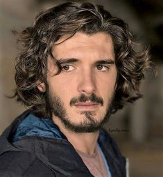 Mens Hairstyles With Beard, Cool Hairstyles For Men, Hair And Beard Styles, Haircuts For Men, Curly Hair Styles, Long Curly Hair Men, Long Curly Haircuts, Boys With Curly Hair, Yon Gonzalez Instagram