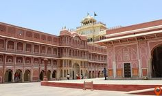 Jaipur tour packages: Explore the Royal Rajasthan Pink City including magnificent Jal Mahal, Birla Temple, Ingenious architecture of Hawa Mahal, Gigantic Amer Fort including elephant ride and More