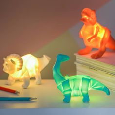 I've just found Dinosaur Mini Light. Who doesnt love a T Rex ! Especially when he is powered by USB or battery powered and is house trained ! Boys Dinosaur Bedroom, Dinosaur Room Decor, Dinosaur Nursery, Kids Bedroom, Dinosaur Kids Room, Bedroom Ideas, Mini Origami, Living Room Mantle, Toddler Rooms