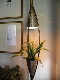 Mid Century light/planter