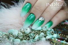 Ombre Style, Nail Designs, Nails, Green, Earrings, Jewelry, Fashion, Finger Nails, Ear Rings
