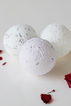 How To: Bath Bombs Also - Q&A's to make own bubble bath http://www.realsimple.com/magazine-more/inside-magazine/ask-real-simple/ask-real-simple-make-own-bubble-bath-00000000014088/