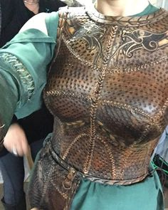 creating the new armor for Lagertha | behind the scenes | season 4 Vikings