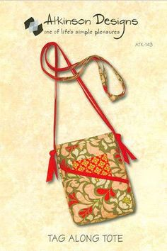 TAG ALONG TOTE Bag Sewing Pattern - Atkinson Designs Make with Fat Quarters #patterns4you