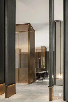 White Interior Design, Restaurant Interior Design, Modern Office Design, Function Room, Multipurpose Room, Showroom Design, Entrance Design, Grand Homes, Hotel Interiors
