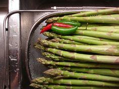 Café Del Manolo: Pickled Asparagus