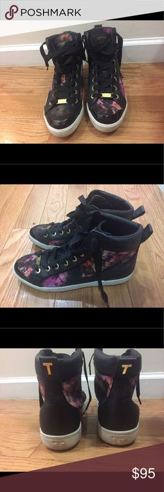 Ted Baker Floral Hightop Sneakers, 9 Ten baker floral hightop sneakers size 9 that are barely worn with little signs of wear. Ted Baker Shoes Sneakers