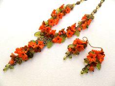 Tombent les feuilles d'automne orange bijoux - bijoux de fleur - - ensemble de bijoux boucles d'oreilles collier fait main