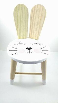Cadeira Infantil Coelha Soninho Orelha Madeira Pinus Natural Children& Chair Bunny Dream Ear Wood Pinus Natural The post Children& Chair Bunny Dream Ear Wood Pinus Natural appeared first on Pink Unicorn. Diy Wooden Projects, Wooden Diy, Wood Crafts, Painting Kids Furniture, Baby Furniture, Kids Stool, Kids Table And Chairs, Diy Home Crafts, Wood Toys
