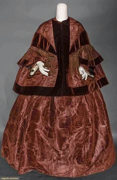 North America's auction house for Couture & Vintage Fashion. Augusta Auctions accepts consignments of historic clothing and textiles from museums, estates and individuals. 1850s Fashion, Victorian Fashion, Vintage Fashion, Clothing And Textile, Antique Clothing, Historical Costume, Historical Clothing, Historical Dress, Day Dresses