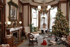 Christmas is a Spectacular Site at the David Davis Mansion
