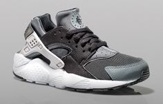 low priced 90067 ecb2c Black Huarache, Nike Air Huarache, Nike Tanjun, Nike Air Vapormax, Curry  Basketball