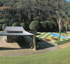 Oscar Niemeyer Oscar Niemeyer, Landscape Art, Landscape Architecture, Architecture Design, Beautiful Architecture, Beautiful Buildings, United Nations Headquarters, Land Art, Around The Worlds