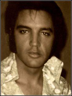 Elvis <3 those eyes!!!