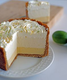 The Ultimate Key Lime Pie! Three Layers of Key lime goodness surrounded by a cinnamon brown sugar crust. Key Lime Whipped Cream, Sour Cream, Cream Pie, Just Desserts, Dessert Recipes, Cake Recipes, Key Lime Desserts, Spanish Desserts, Layered Desserts