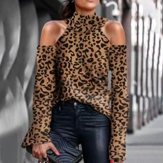 Woman Color other season autumn Material Polyester Pattern type Leopard Sleeve Length Long sleeve Top collar Short high collar design Strapless shoulder Wearing occasion daily Size S M L XL Look Fashion, Autumn Fashion, Womens Fashion, Collar Designs, Mode Outfits, High Collar, Pulls, Long Sleeve Sweater, Pullover