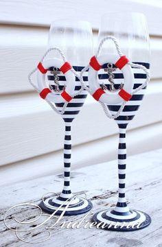 Adorable Nautical DIY Glasses - 17 Nautical DIYs for Your Beach Home Decor | GleamItUp