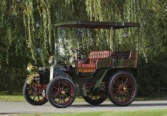 1901 Panhard et Levassor Twin-Cylinder 7HP Rear-Entrance Tonneau by Labourdette Panhard et Levassor - ( Panhard et Levassor, Paris, France 1891-1967)