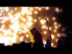 """Fleetwood Mac """"Gold Dust Woman"""" Chicago, IL 10-2-2014 - YouTube"""