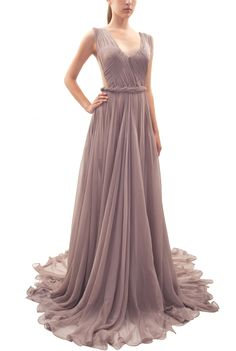 Maria Lucia Hohan Sidonie Maxi dress in lavender as worn by Taylor Swift in her music video Begin Again from her record-breaking album Red (2013). I love the whimsical colour and texture of the silk as it falls in soft folds as well as the detail at the bodice and side cutouts that are more feminine than blatantly sexy.