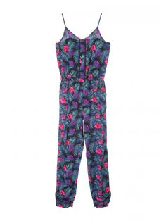 This black printed strappy jumpsuit is a must have for stylish older girls this summer. Featuring pom trim detailing and an all over print, this jumpsuit is ...