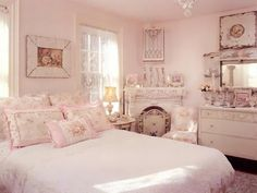 Here is Pink Shabby Chic Bedroom Furniture Set Design and Decor Ideas Photo Collections at Classic Bedroom Catalogue. More Picture Pink Shabby Chic Bedroom can you found at her Shabby Chic Mode, Shabby Chic Cottage, Vintage Shabby Chic, Shabby Chic Style, Shabby Chic Decor, Vintage Room, Vintage Beauty, Rustic Decor, Shabby Chic Bedrooms