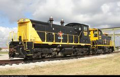 A pair of WAMX leasers lettered up for the San Antonio Central RR.